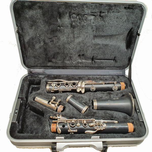 Buffet B12 Student Clarinet (USED) #602962