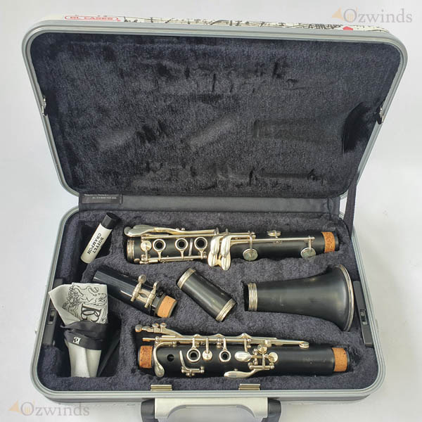 Buffet B12 Student Clarinet (USED) #1087703