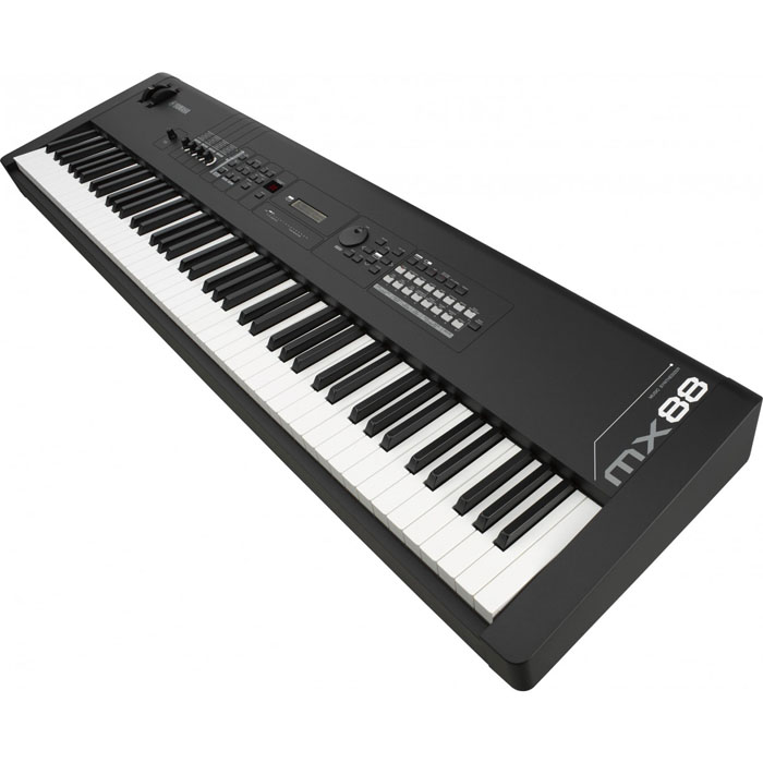 Yamaha MX-88BK Piano touch, synth sound and computer/iOS connectivity