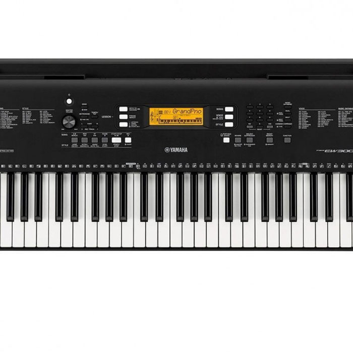 Yamaha PSR-E W300 76 Note Key Sensitive Keyboard