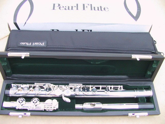 Pearl 525RE Quantz Open Hole Advanced Student Flute