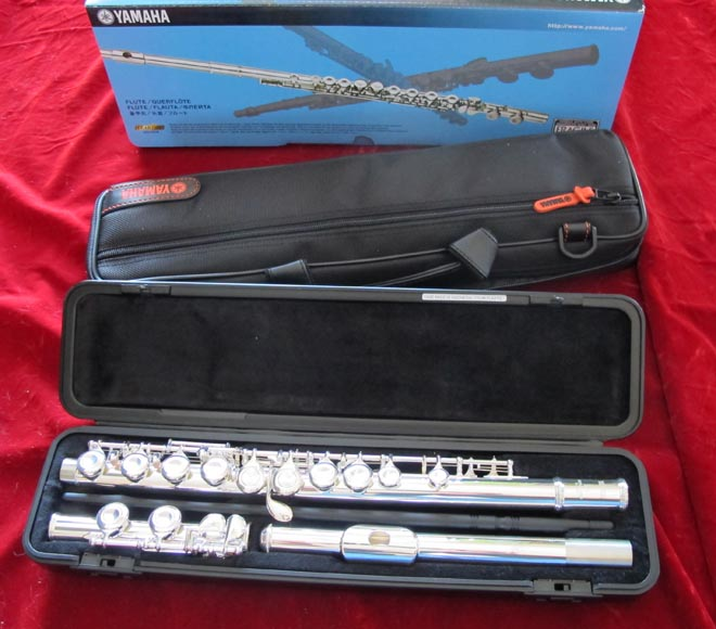 Yamaha YFL-211 Flute, Now Replaced by the YFL-212 Model