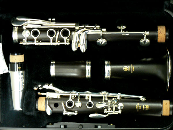 yamaha wooden clarinet ycl 450 iii ozwinds sale price 1 599. Black Bedroom Furniture Sets. Home Design Ideas